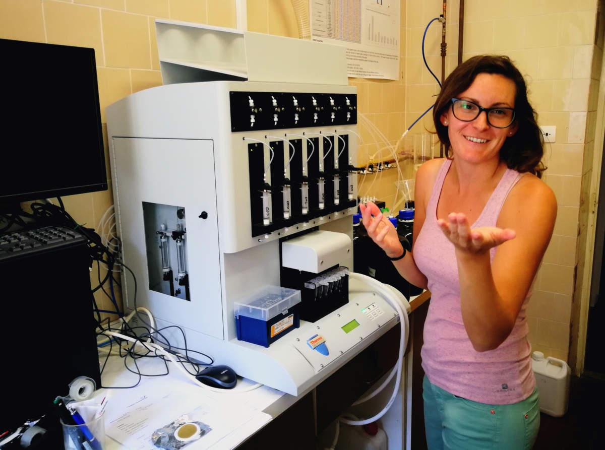 MTA-ÖK BLI_NAP Adaptációs Neuroetológiai Kutatócsoport – Dr. Molnár Éva. Gyógyszerhatóanyag-kimutatás előkészítése automata SPE rendszerrel